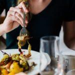 Según estudio: Las mujeres aceptan citas solo para comer gratis